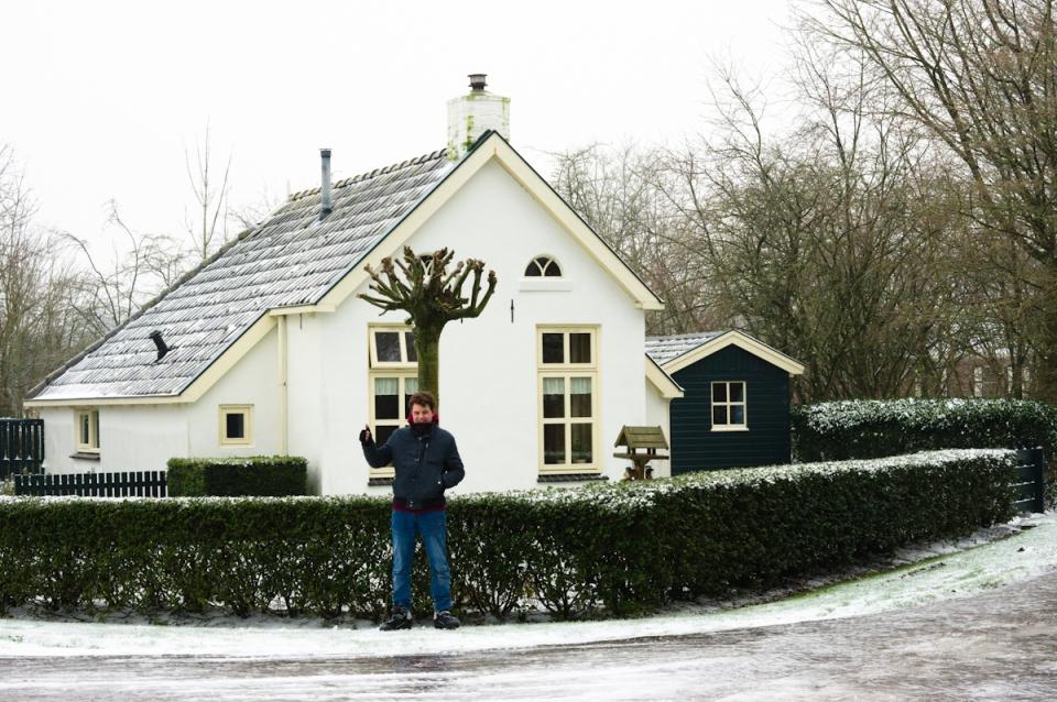 Heikie Hoeksma vastgevroren in de ijzel te friesland, de wereldberoemde botanische tuin die bezoekers trekt van heinde en verre